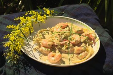 tangy-cream-garlic-prawns